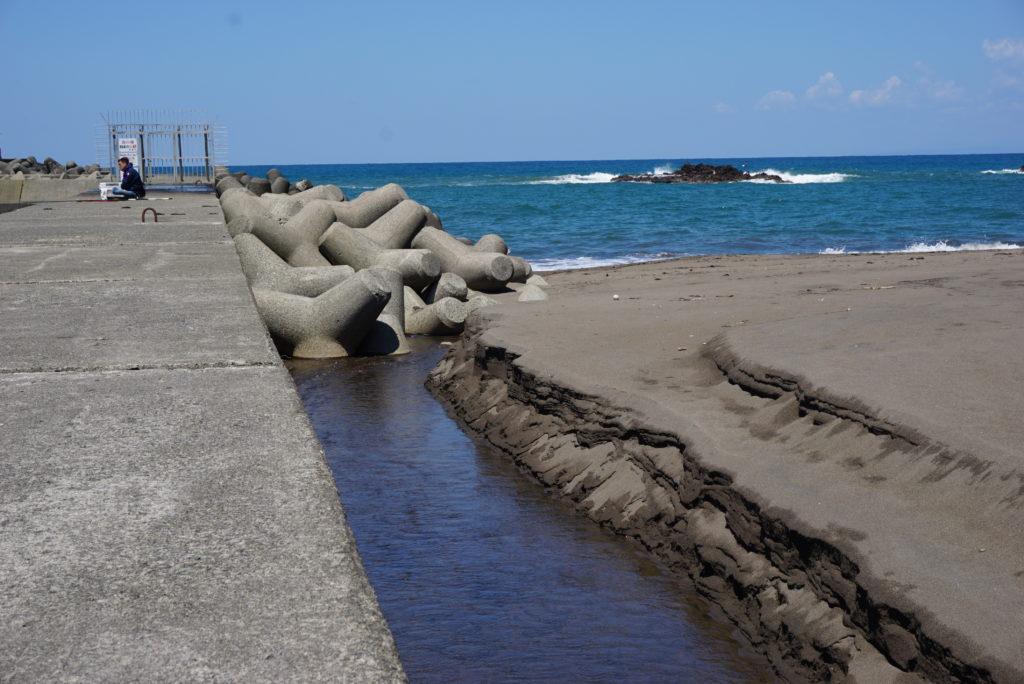 東側堤防の様子
