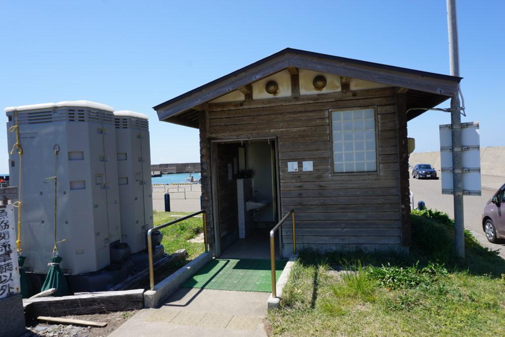 柿崎漁港トイレ