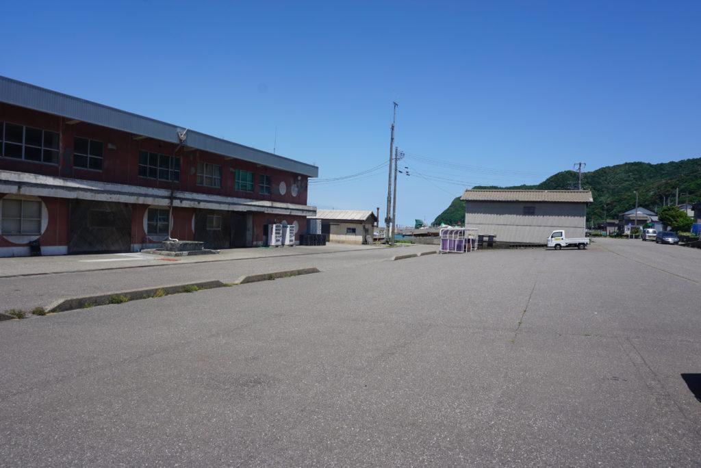 漁港前駐車場