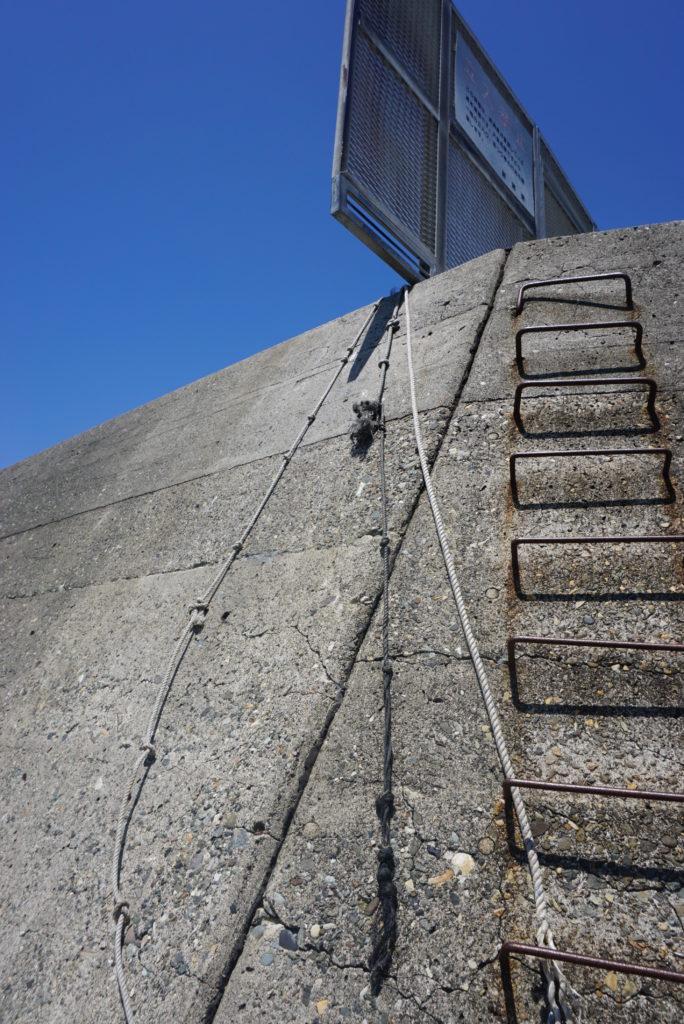 東堤防ロープ