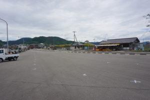 鼠ヶ関漁港の駐車場