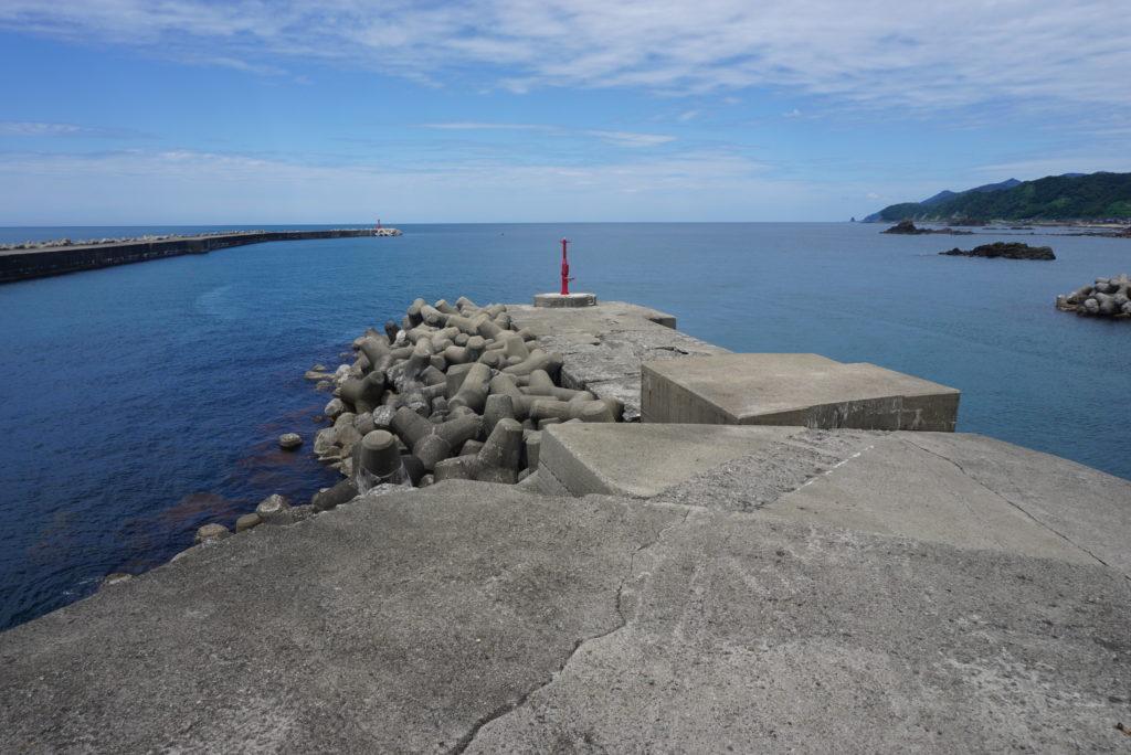 赤灯台堤防